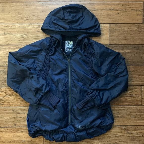 Free People Jackets & Blazers - Navy Blue Scrunched Bubble Puffer Jacket